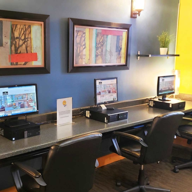Park-Butterfield-Apts-Business-Center-Gallery