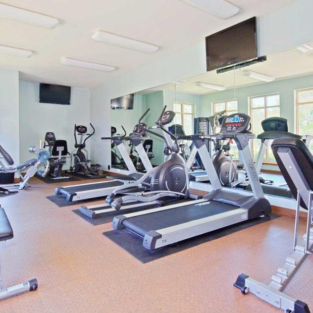 Park-Butterfield-Apts-Fitness-Center-Gallery