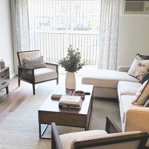 Park-Butterfield-Apts-Living-Area-Gallery